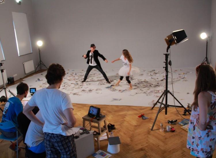 Natáčení videoklipu Over You